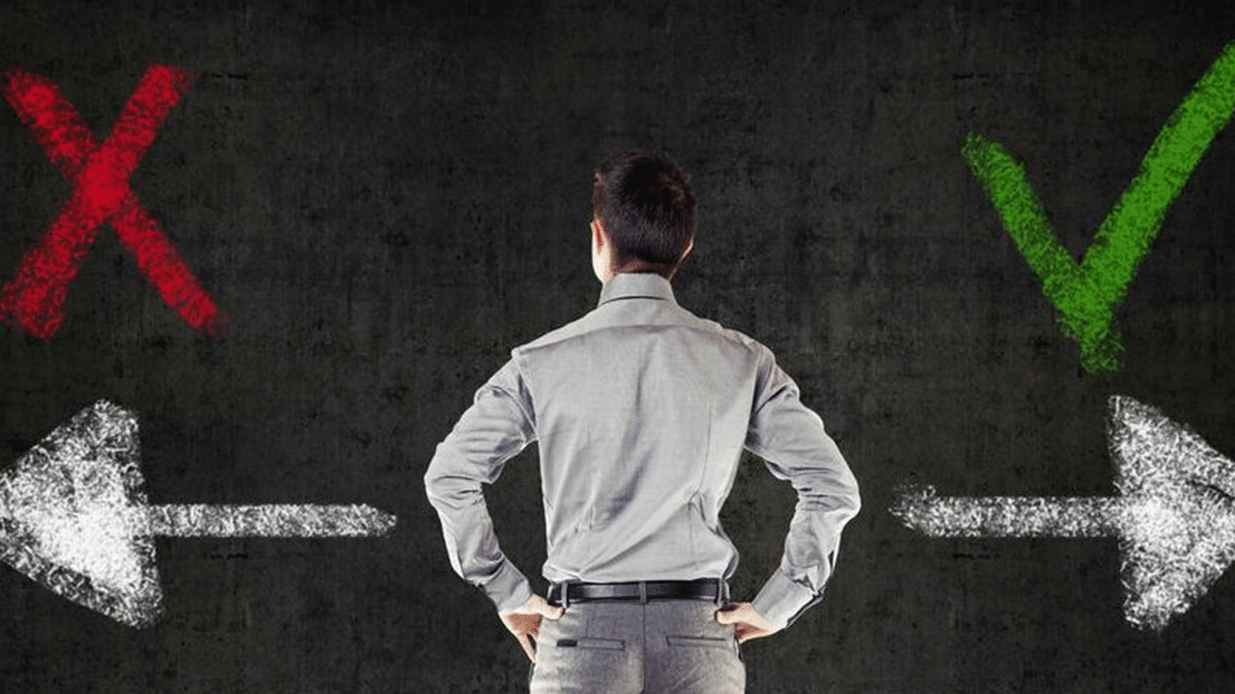 انتخاب بین دو فرصت شغلی