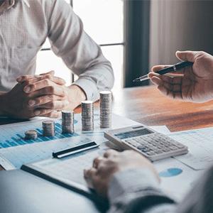 درآمد بی ثبات چالشهای کسبوکار